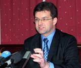 Lajcak: Special Investigation Team for Srebrenica