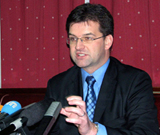 Lajčak: Specijalni tim istražitelja za Srebrenicu