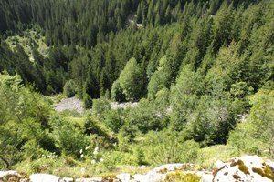 Korićanske stijene: U redu za strijeljanje
