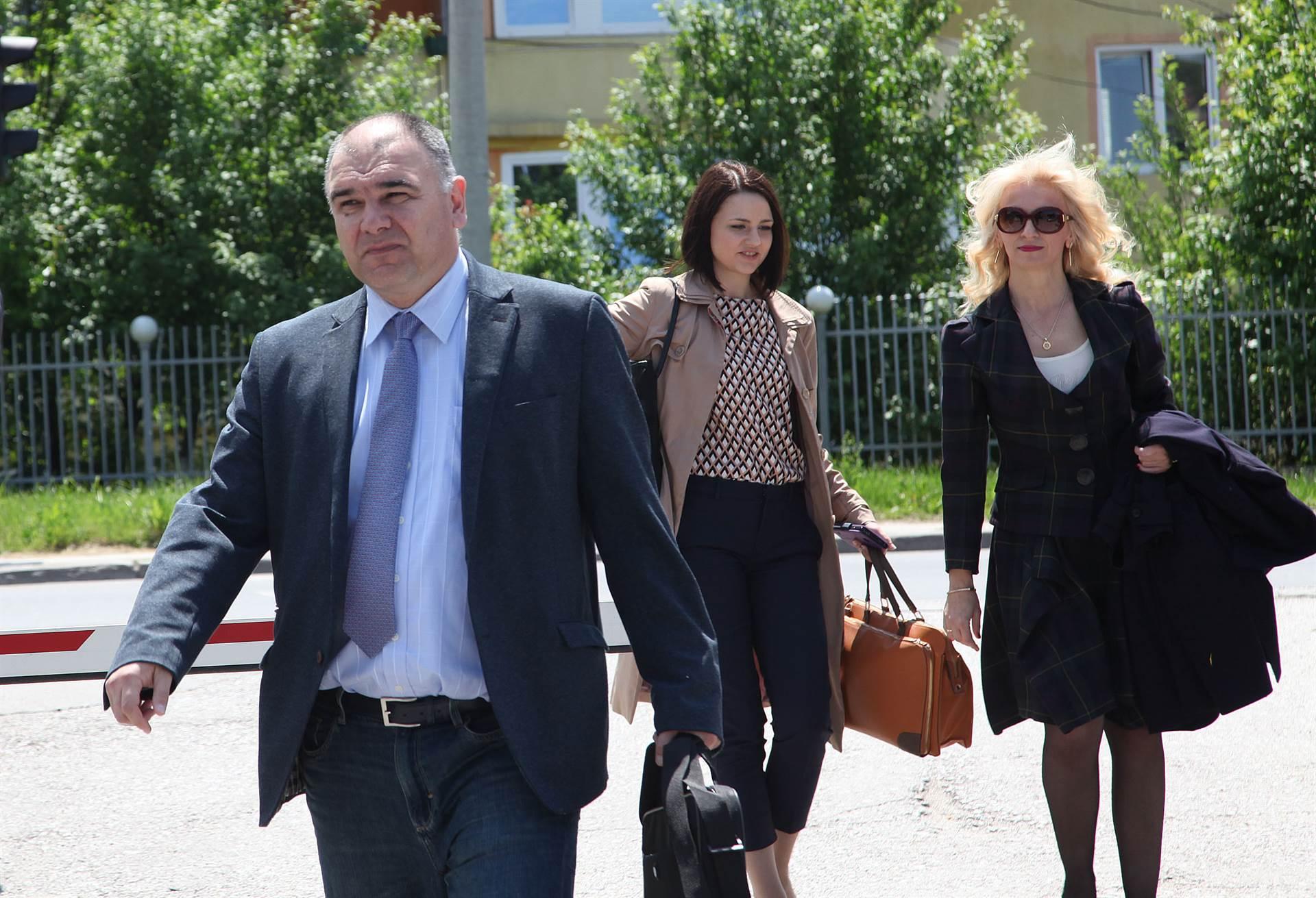 Izjava optuženih o kontaktima s Azrom Sarić