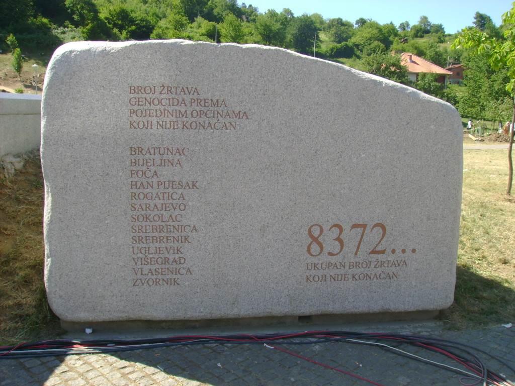 Srebrenica1-1024x768.jpg