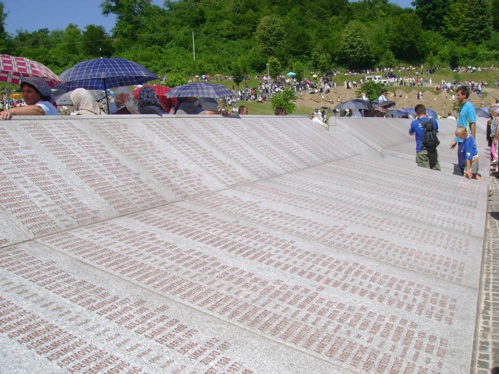 Srebrenica2-1-1024x768.jpg