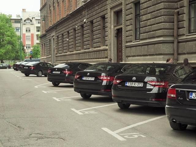automobili.jpg