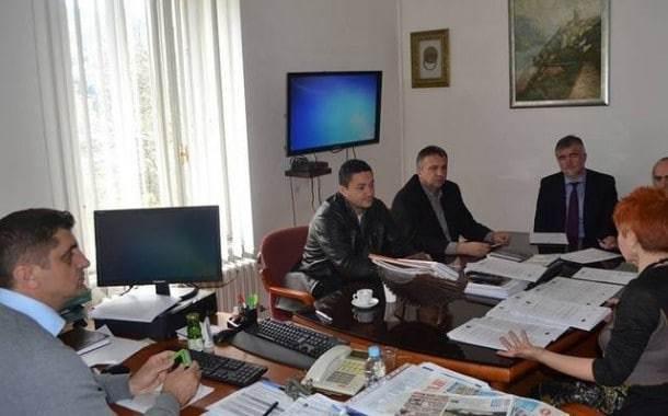 Ministru u radu pomaže TV od 5.000 KM
