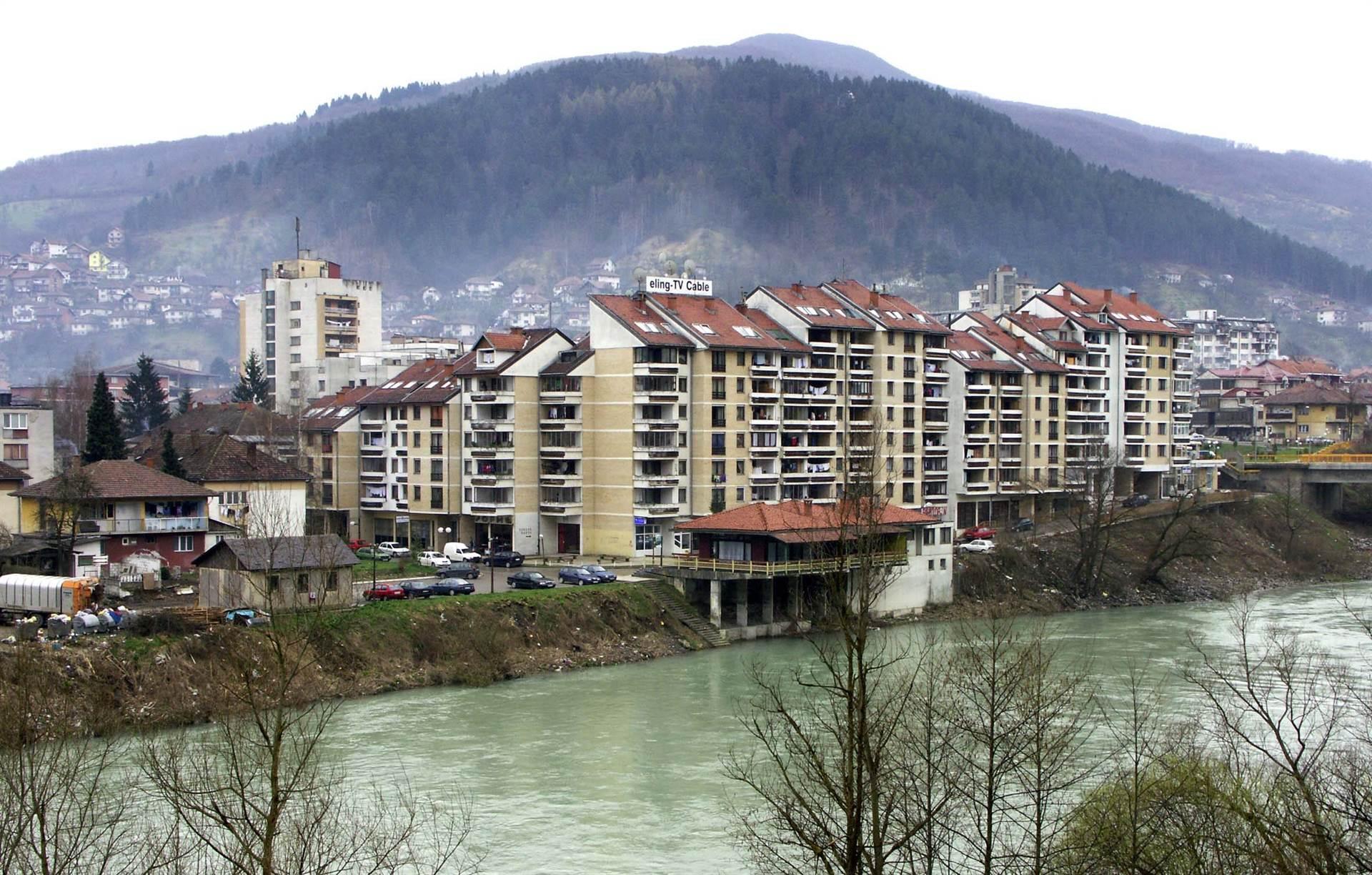 Bosnian Serb Ex-Soldiers Plead Innocent to Wartime Rape
