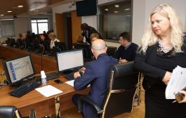 Članovi VSTV-a bez ograničenja komentarišu društvene događaje i kolege