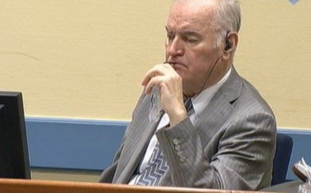 Hague Prosecutors Object to Freeing Mladic for Treatment