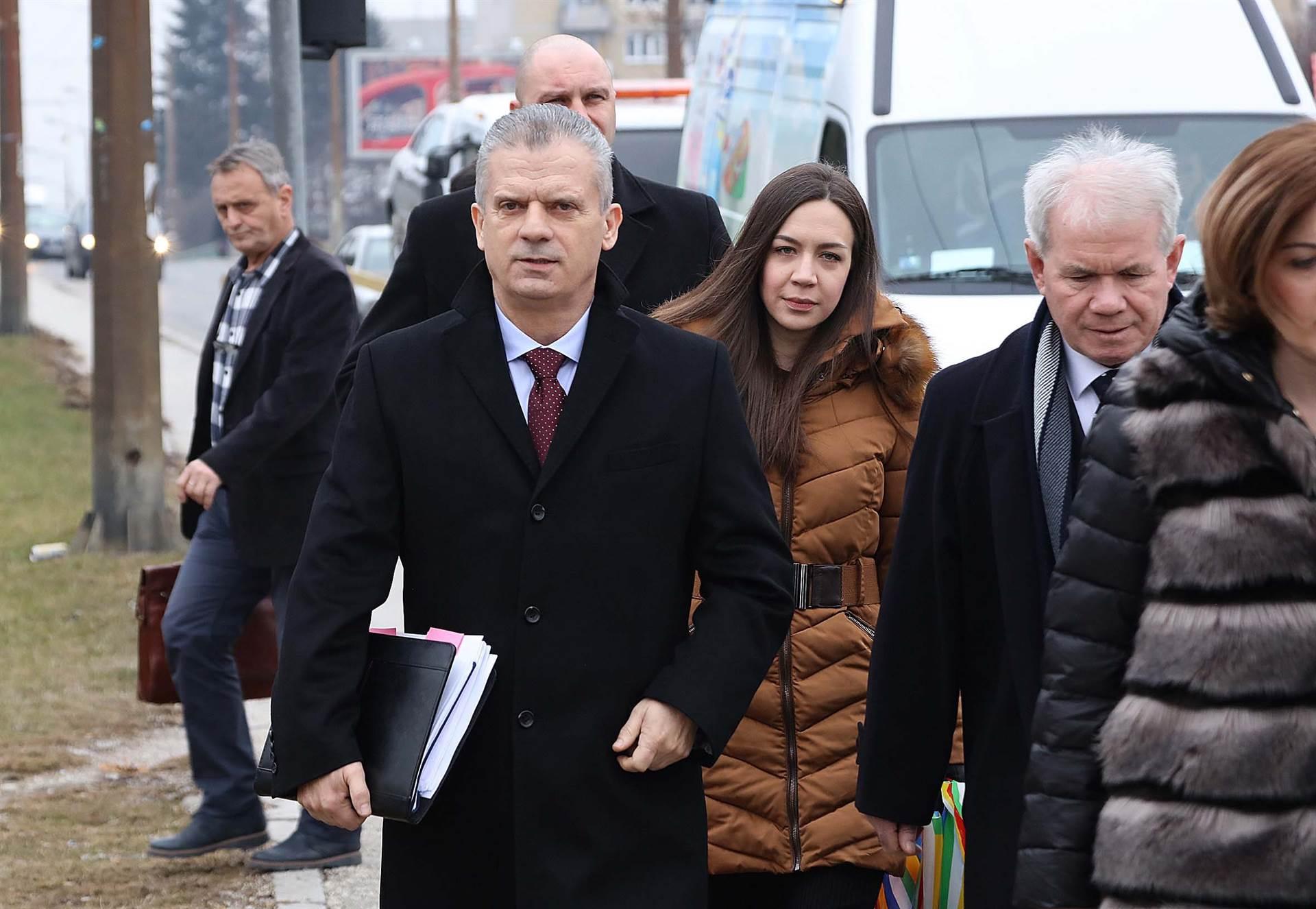 Radončić i ostali: Poruke o imenovanju ambasadorice u Sloveniji