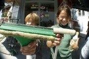 Maloljetnici primorani na prosjačenje bez pristupa pravdi