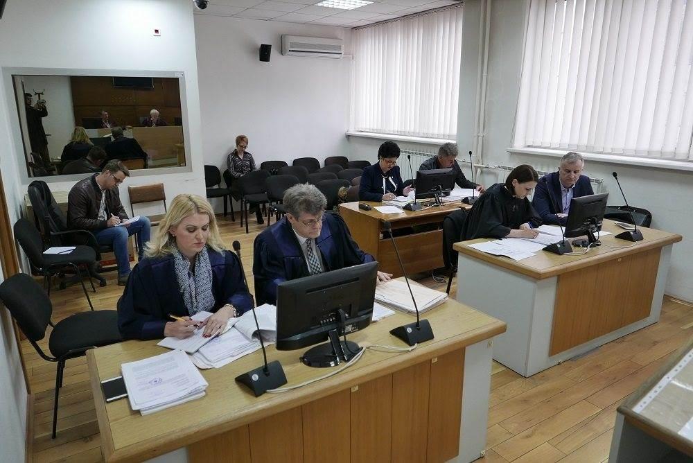 Lijanović i ostali: Od poljoprivrednika traženo 50 posto