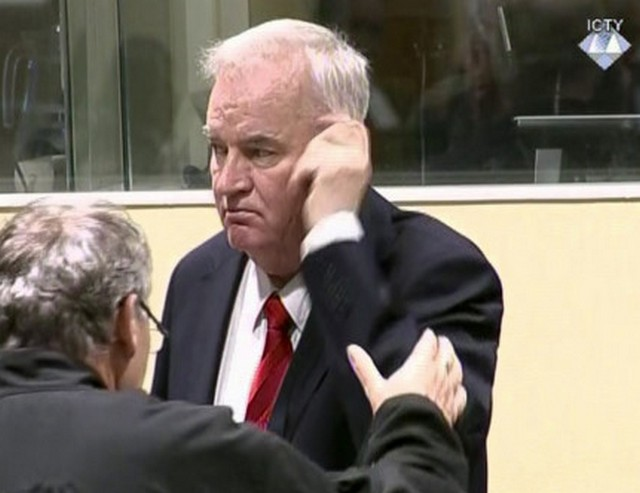 """Tajna"" srbijanska optužnica navodi da je JNA pomagala Mladiću"