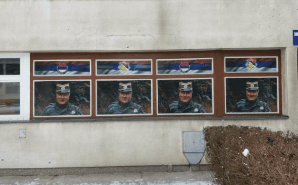 Posteri Ratka Mladića na Opštini Istočno Sarajevo