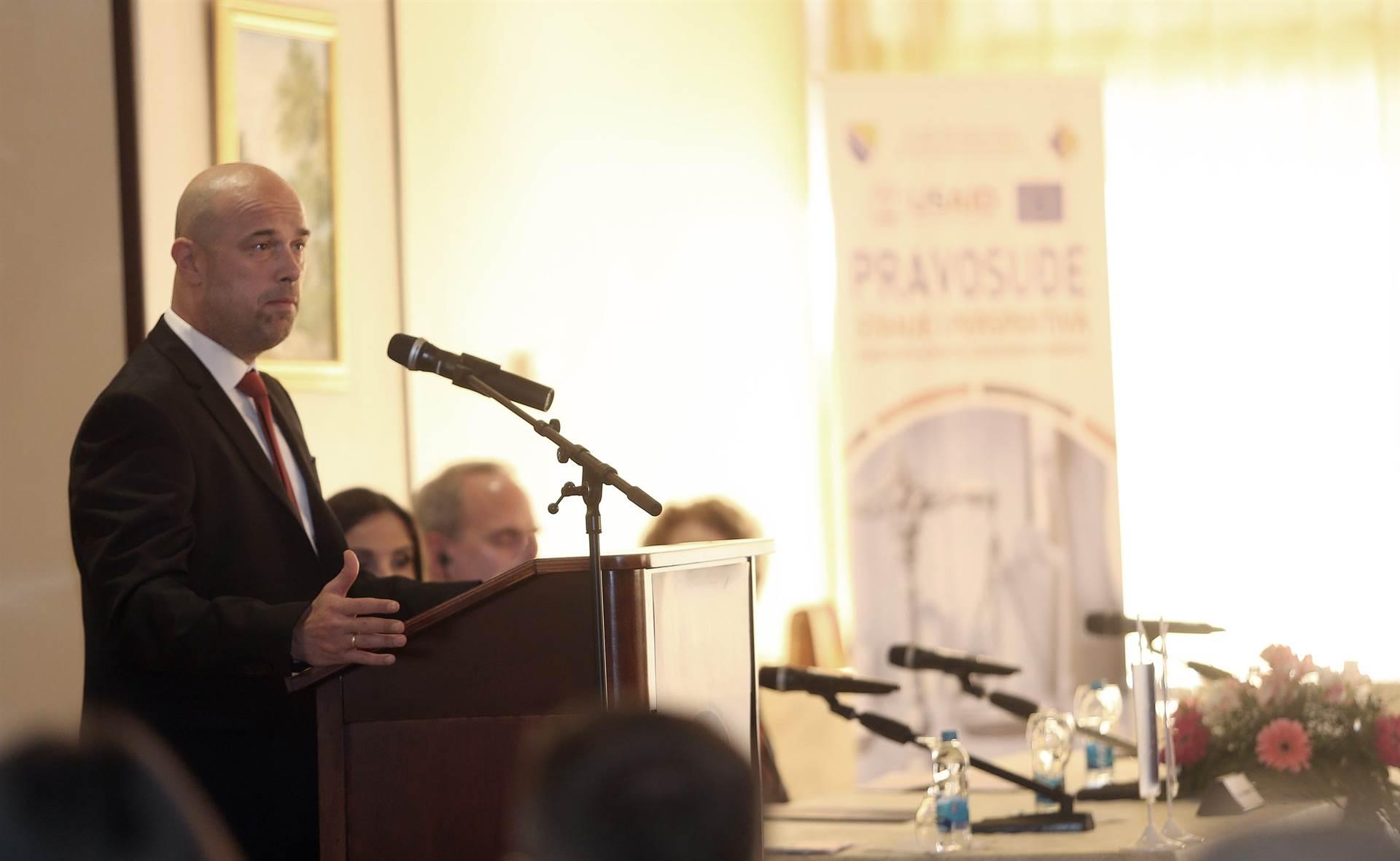 Tegeltija: Političari vrše pritisak na pravosuđe