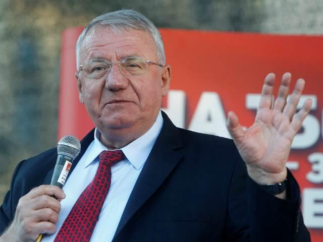 Serbia Prohibits Seselj Rally on War Crime Anniversary