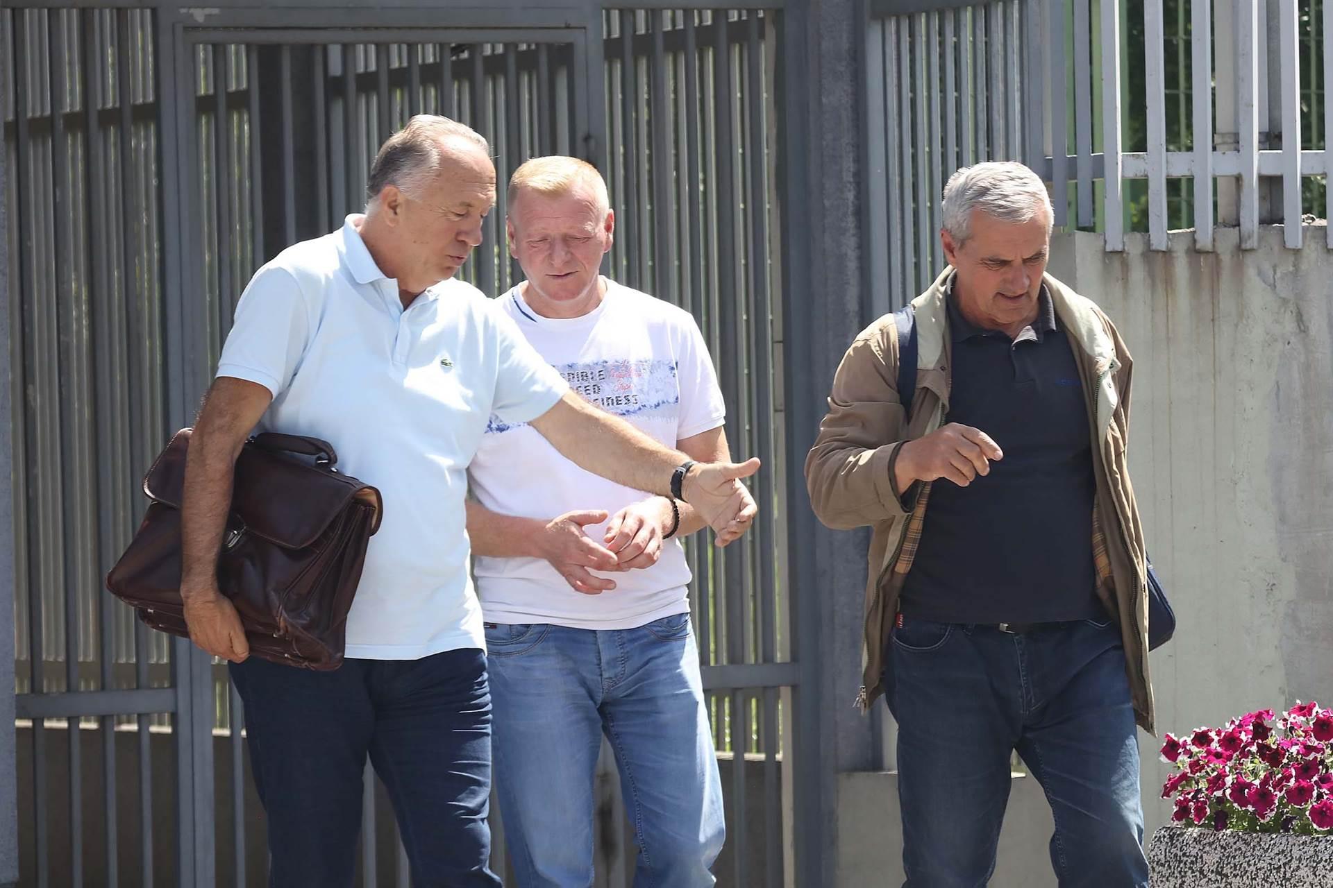 Kosorić i Tešić: Prestrašeni, gladni i iscrpljeni civili u Potočarima