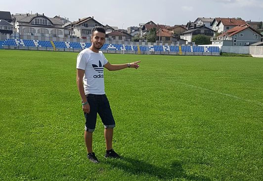 Young Algerian Finds Bosnia a Hair-Raising Experience