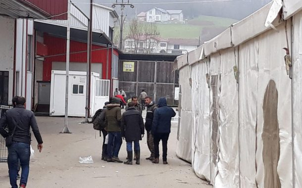 Migrants in Bosnia 'More Vulnerable to Infection' Despite Lockdown