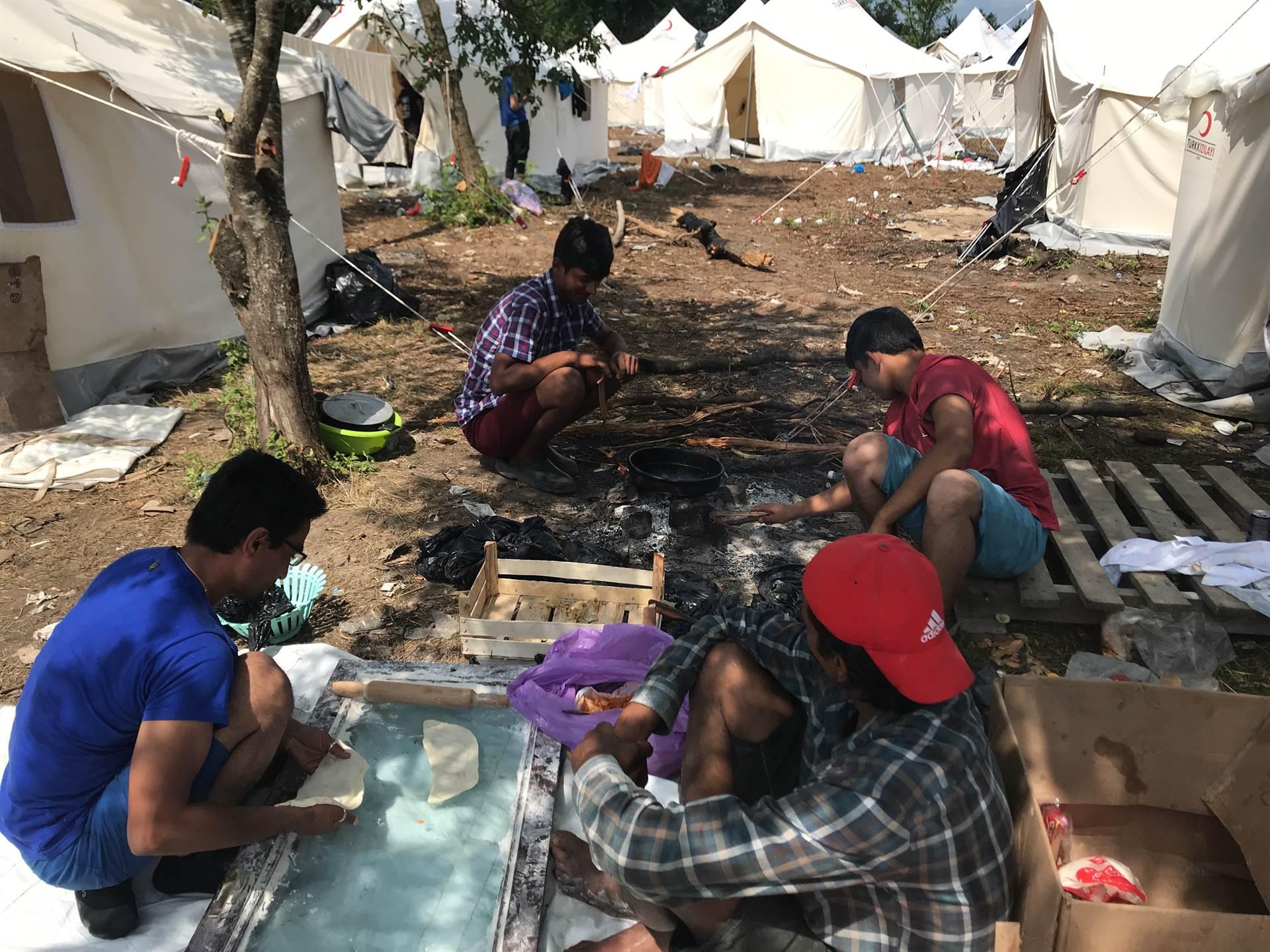 """Kamp """"Vučjak"""" u Bihaću – neuslovna džungla za migrante"""