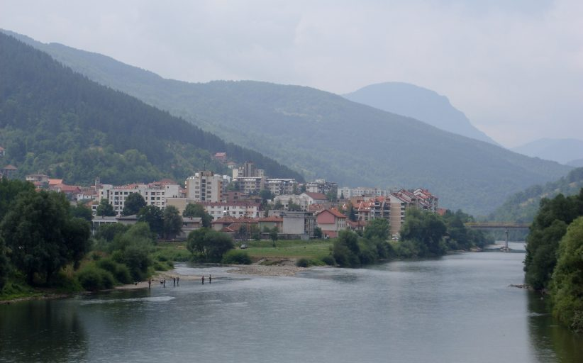 Bosnia Arrests Two Serb Ex-Soldiers for Multiple Rape