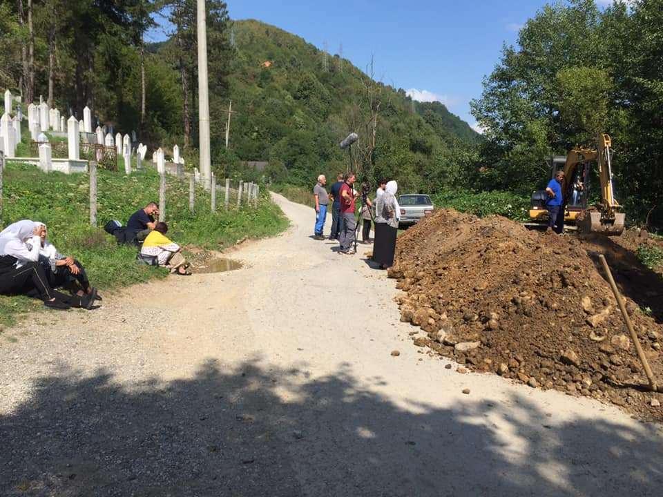 Pronađeni posmrtni ostaci najmanje dvije osobe kod Srebrenice