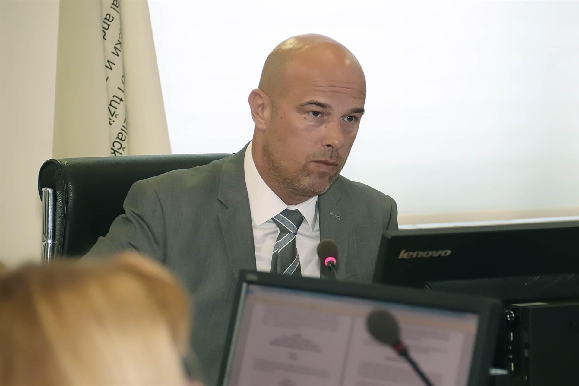 Izjava Milana Tegeltije da je predstavnik RS-a u sukobu sa Zakonom o VSTV-u