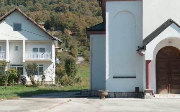 Crkva iz dvorišta Fate Orlović nije izmještena nakon tromjesečnog roka
