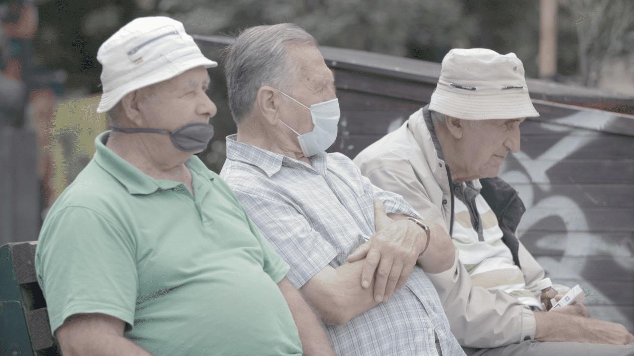 Ljudi-maska-5-e1603101424624.png