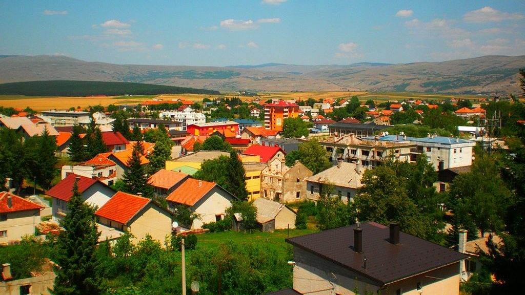 1024px-Panorama_Glamoč-e1599480091189.jpg