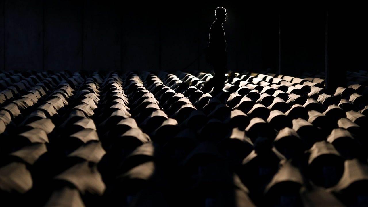 The-18th-anniversary-commemoration-of-the-Srebrenica-massacres-in-July-2013.-Photo-EPA-EFEVALDRIN-XHEMAJ.-1280x720.jpg