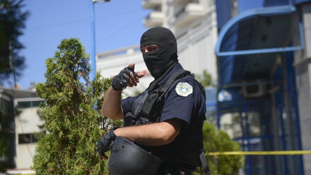 kosovski-policajac-e1605184329857.jpg