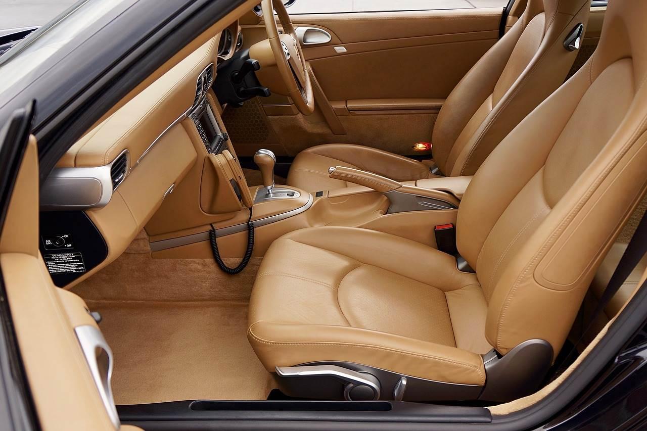 car-3168762_1280.jpg